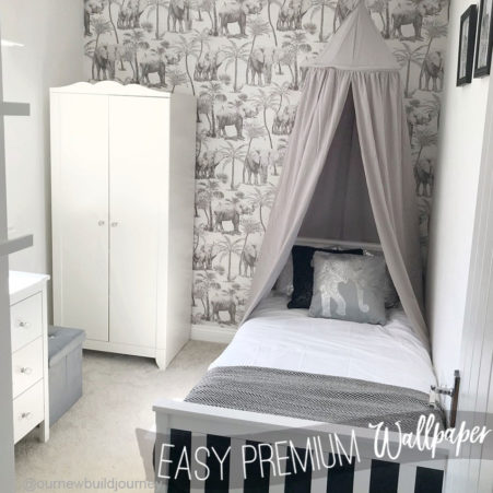 Kids Room with the Elephant and Palm Tree Wallpaper
